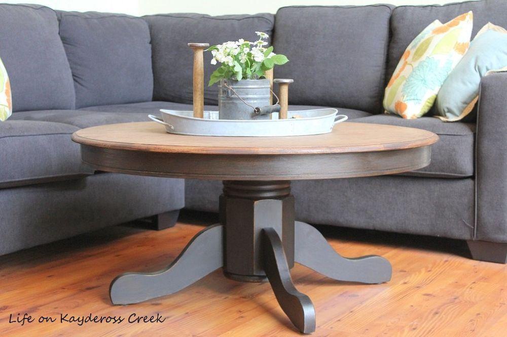 DIY Upcycled Farmhouse Coffee Table Makeover Idea