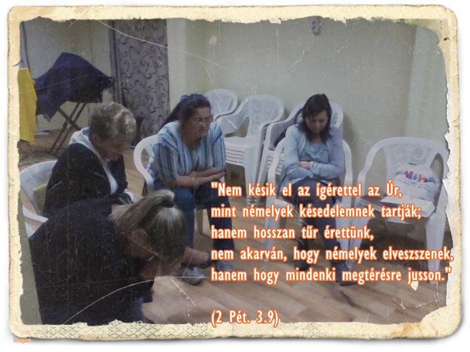 """""""Nem késik el az ígérettel az Úr, mint némelyek késedelemnek tartják; hanem hosszan tűr érettünk, nem akarván, hogy némelyek elveszszenek, hanem hogy mindenki megtérésre jusson."""" 2 Péter 3.9 - Károli"""