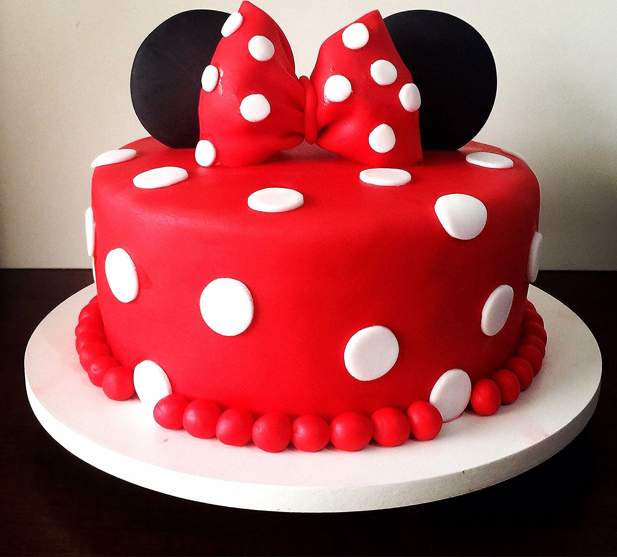 Minnie Mouse - Bolo Decorado #minniemouse Minnie Mouse - Bolo Decorado in  2020 | Minnie mouse birthday cakes, Minnie cake, Mickey and minnie cake