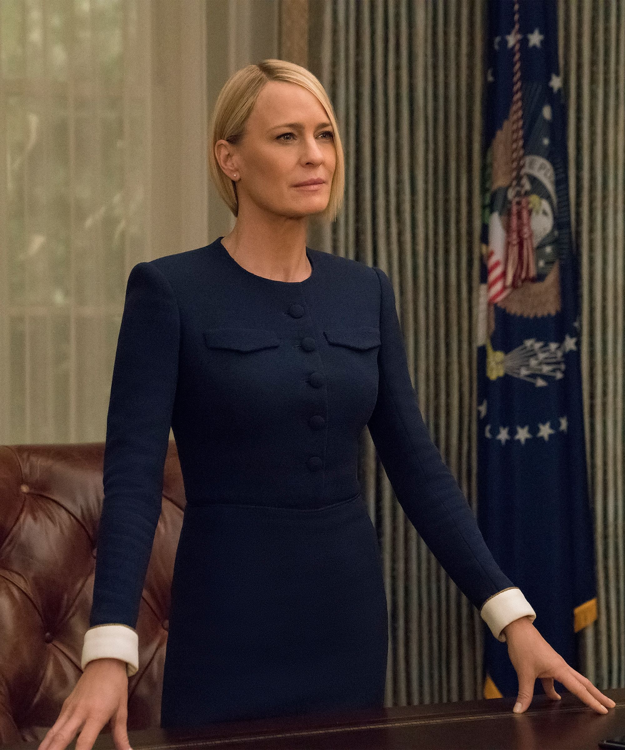 All The Details On Claire Underwood S Amazing Bob From House Of Cards Claire Underwood Style House Of Cards Seasons Claire Underwood