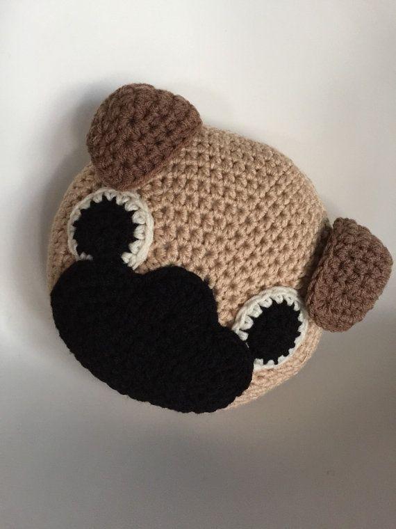 Crochet Pug Pillow | Almohada de ganchillo, Pug y Ganchillo