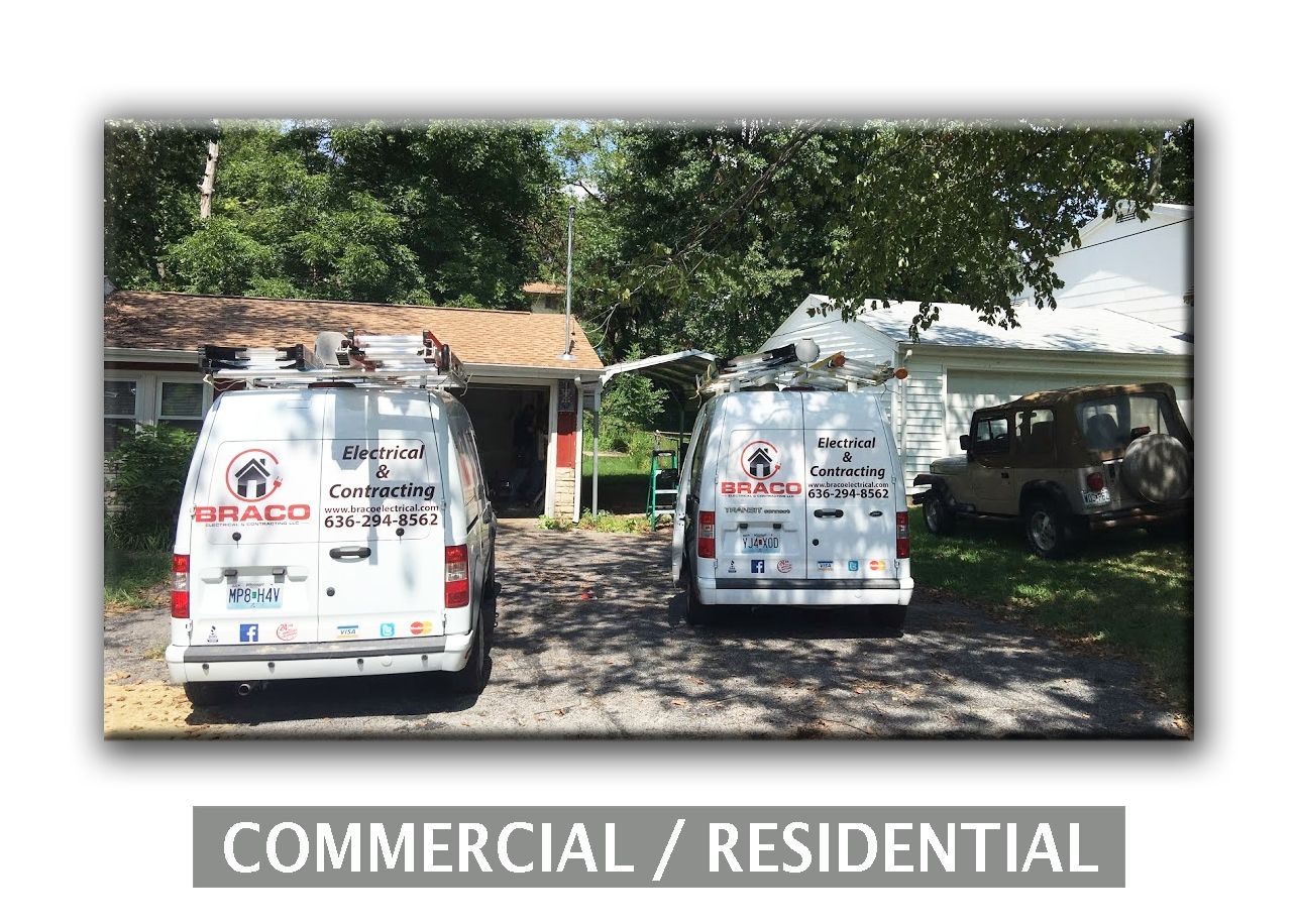 Residential Electrical Replacing Old 60 Amp Overhead Electric Service With New 100 Amp Lockjaw Met Residential Construction Residential Electrical St Louis