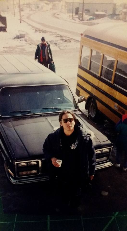 12046816 10205669642600511 5739725195862526092 N Jpg 528 960 Eric Schweig Native American Actors Michael Greyeyes Eric schweig (geboren op 19 juni 1967 als ray dean thrasher ) is een canadese acteur die vooral bekend staat om zijn rol als. eric schweig native american actors