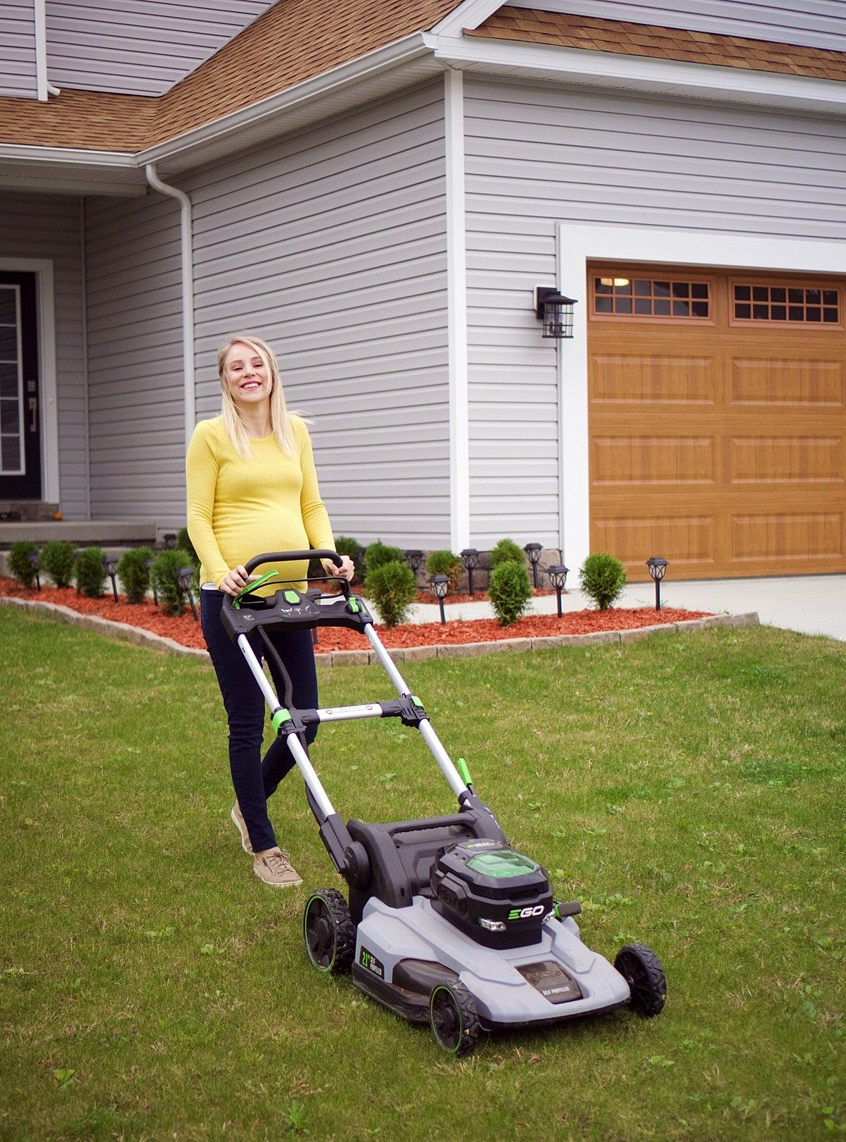 How To Go About Choosing A Lawn Mower Electric Mower Lawn Mower