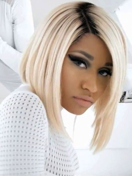 28 Nicki Minaj Hairstyles From Funky And Crazy To Simple And Sweet Nicki Minaj Hairstyles Wig Hairstyles American Hairstyles