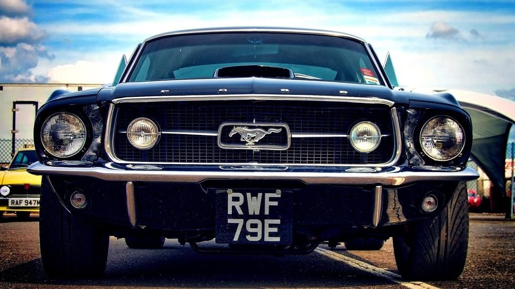 Mustangs Daily On Twitter Mustang Wallpaper Ford Mustang Classic Ford Mustang Car
