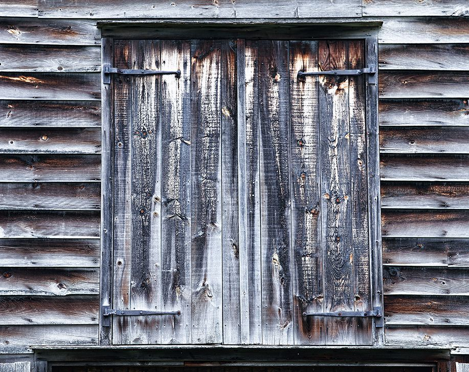 Rustic Old Barn Door Barn Doors Barn And Doors