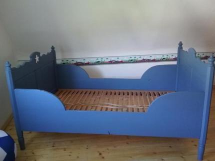 Antikes Kinderbett, Bauernbett, Shabby chic *alt, antik* in ...