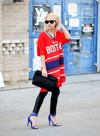 How To Make A Sports Jersey Look Stylish Stylecaster Jersey Outfit Sports Jersey Outfit Football Jersey Outfit