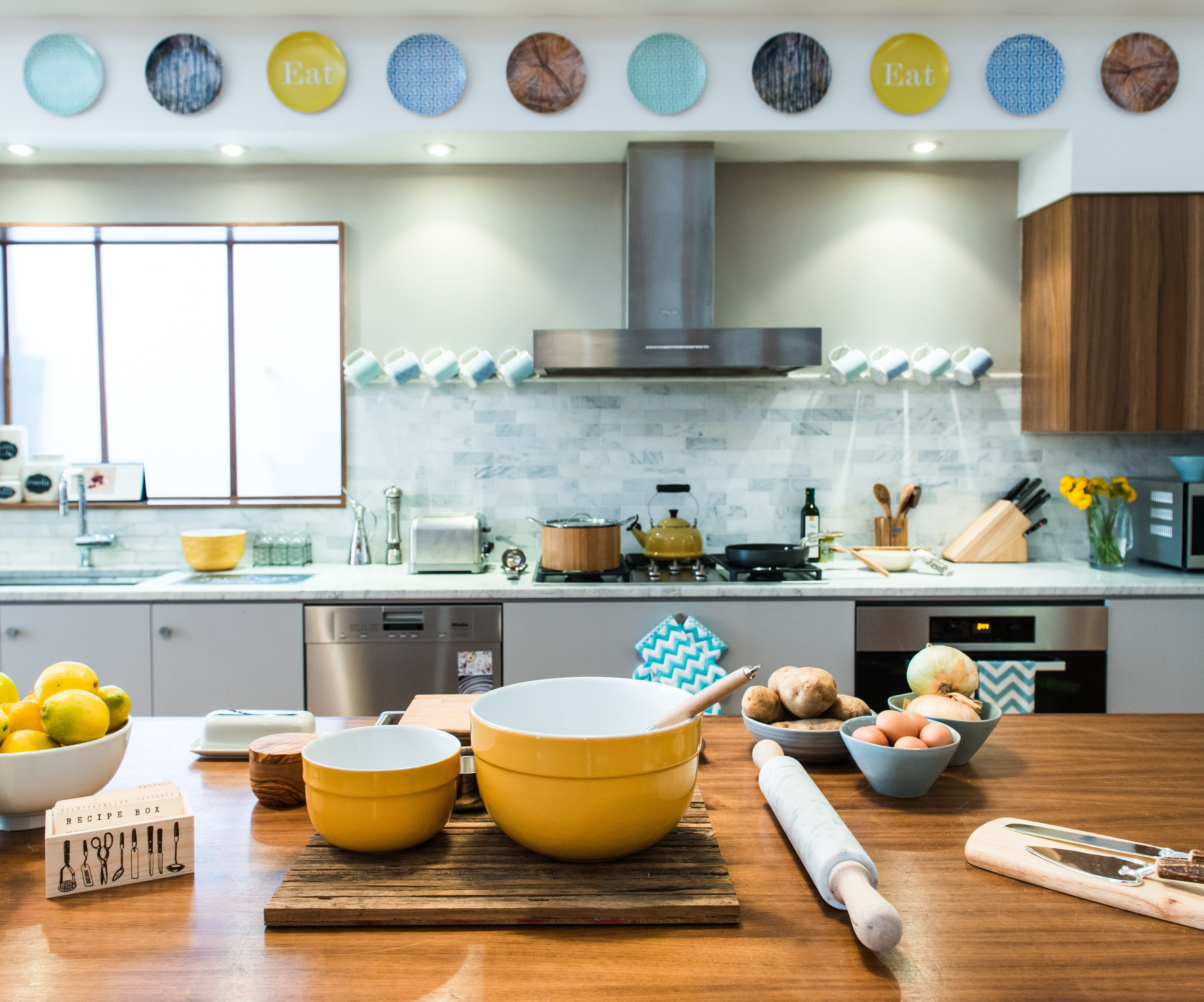 We loved Cat Cora\u0027s eye for minimalistic kitchen design. Use personalized plates for decorative pieces.   Shutterfly.com #SFLYbydesign & We loved Cat Cora\u0027s eye for minimalistic kitchen design. Use ...