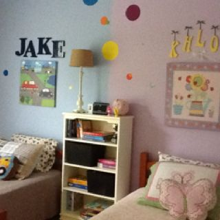 Shared bedroom for boy girl siblings would be perfect for Sibling bedroom ideas