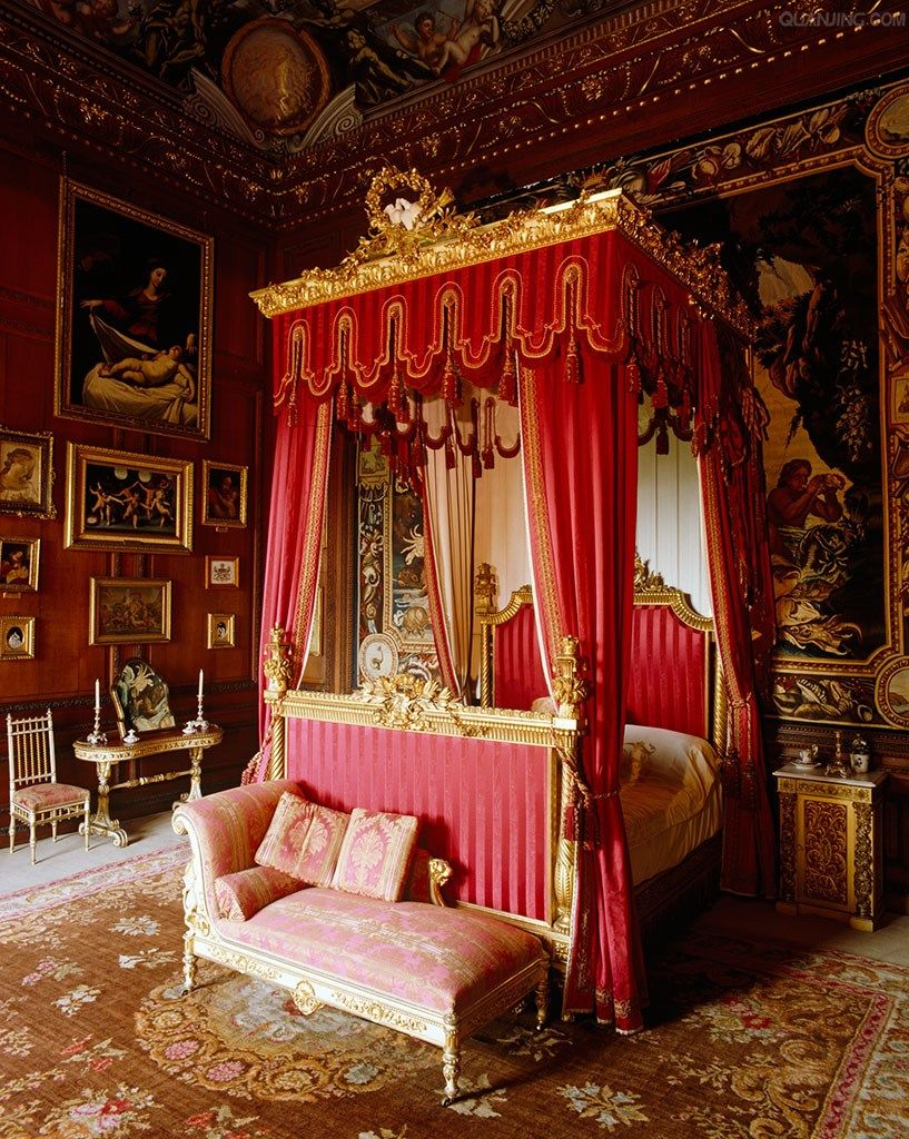 An 18th Century Four Poster Bed In This George Bedroom Is Decked Out For Queen Victoria S Visit 1840