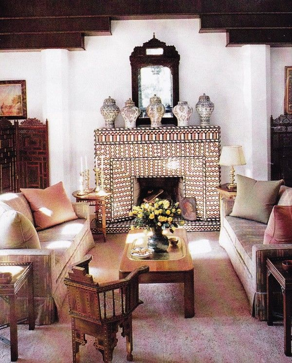 The living room in YSL and Pierre Bergé\'s guesthouse in Tangiers ...