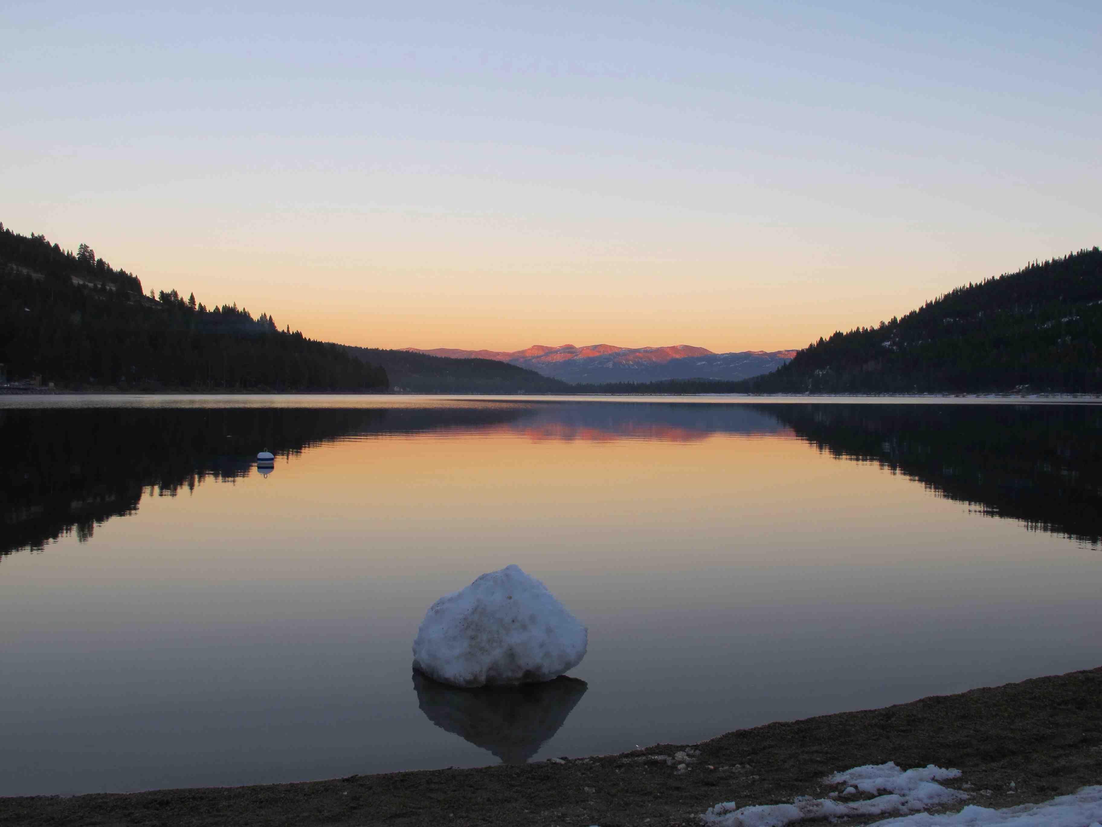 Donner Lake, California (OC) [3648x2736]