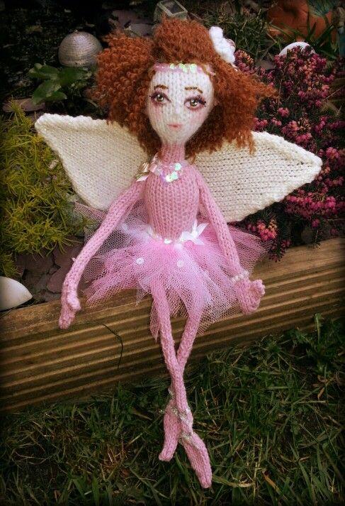 #ballerina #ballet #dance #knitted #handmade #faerie ~♥ĦelenFaerieÅrt♥ ©2014