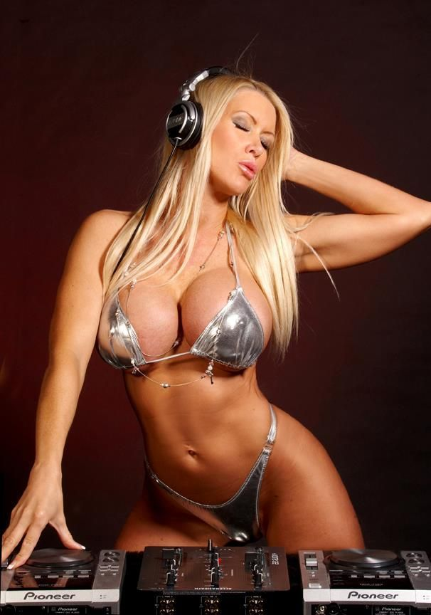 Tania Amazon | Tania Amazon | Pinterest | Bikini babes and ...