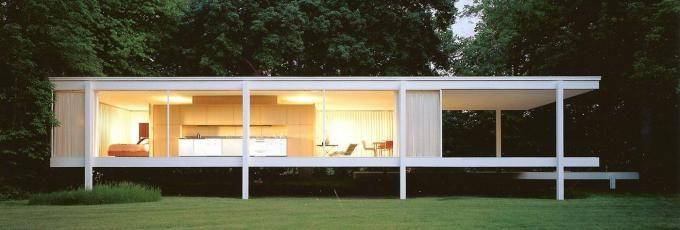 Vista de la Casa Farnsworth. Mies van der Rohe. Señala encima de la imagen para verla más grande.