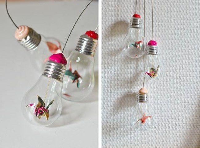 33 Ideas Diy Para Reciclar Bombillas Antiguas Artesanias De Bombilla Grullas De Papel Bombillas Recicladas