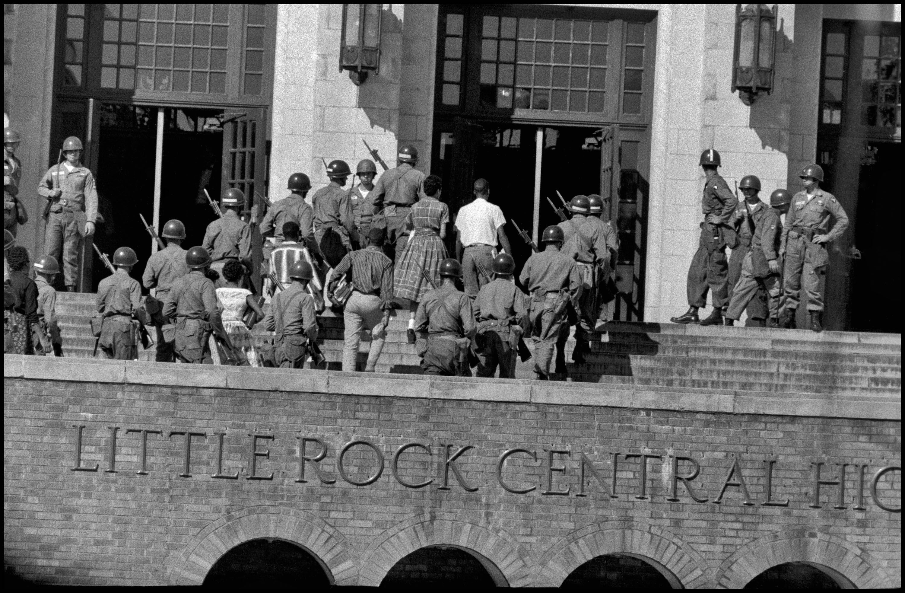 On This Day In History The Little Rock Nine Start School Magnum