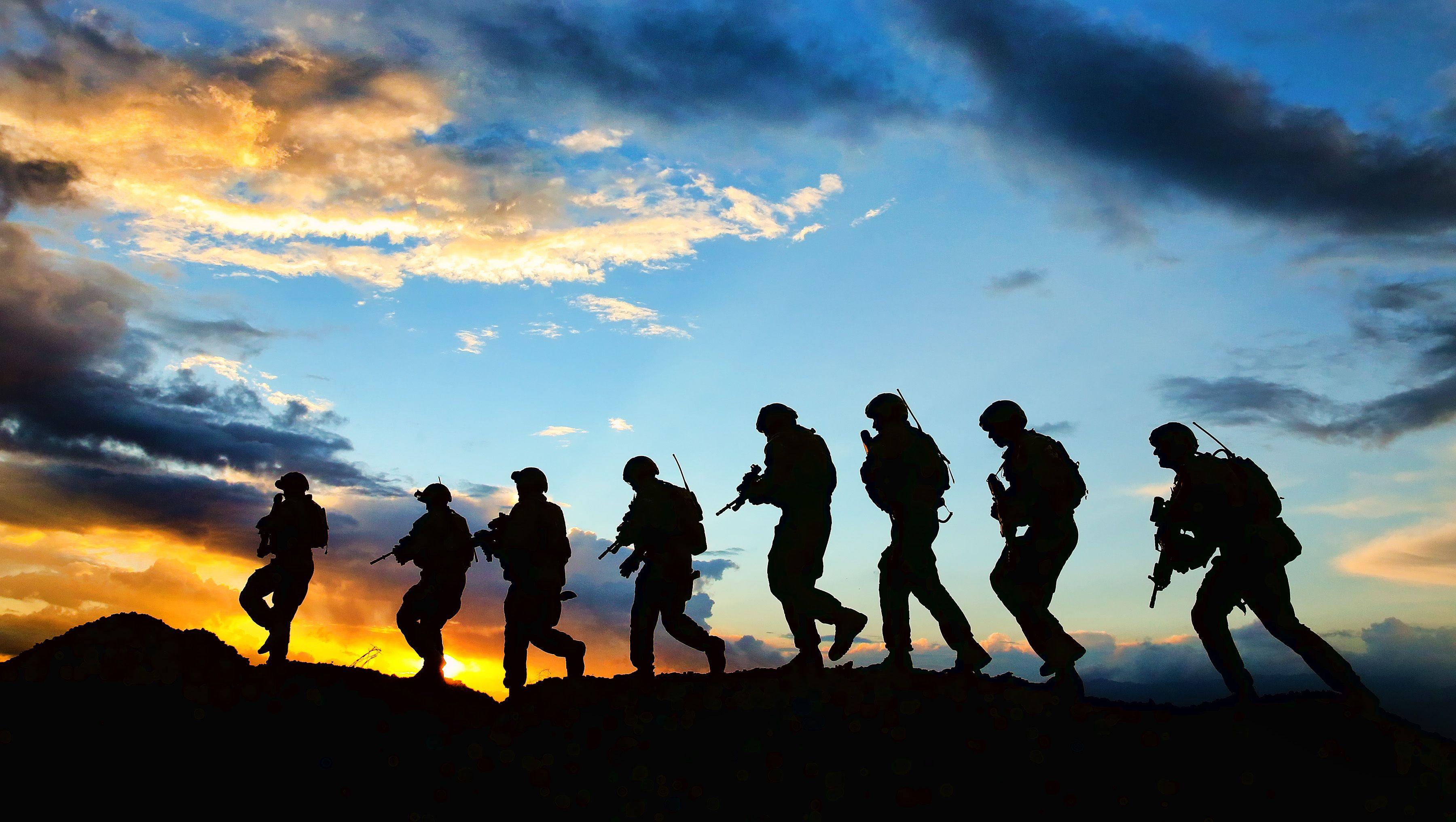 Resultado de imagen para soldier shadow