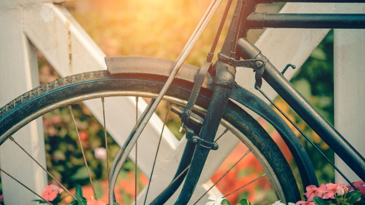 Pretty Wallpaper Design For Mac From The Wallpaper Wizard Collection Bicycle Lifestyle Get This And Other Amazing Wallpapers For Your Macbook Or Imac