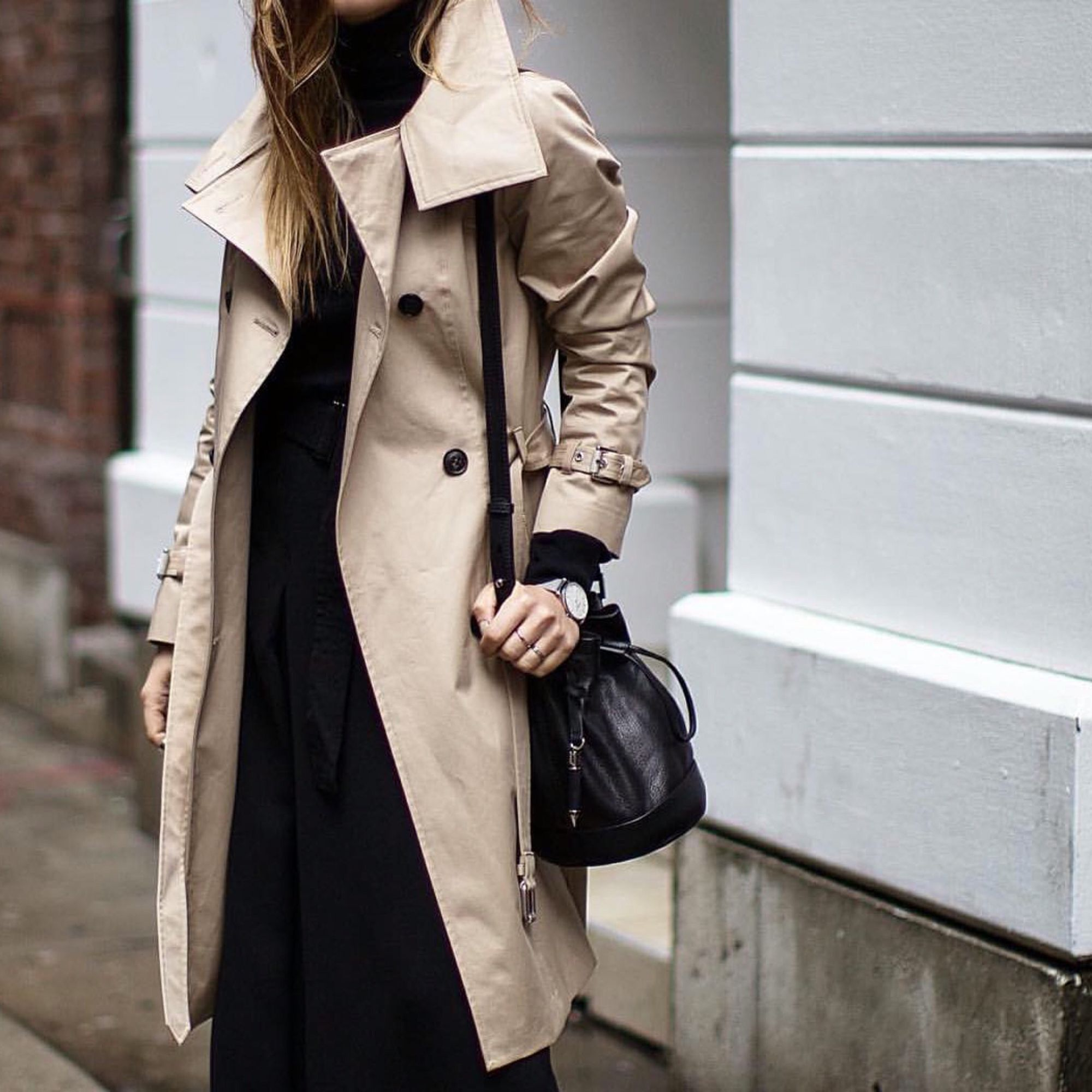 Mackage How Juilia Mateian wears the NESSA trench during