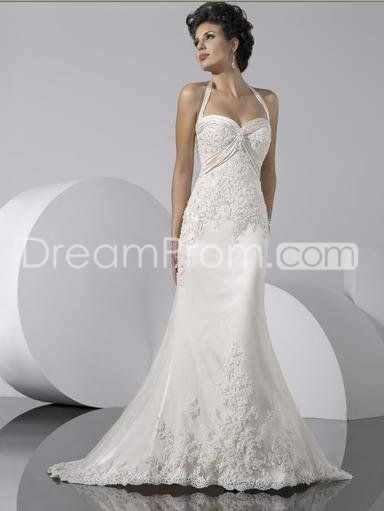 65a5bccc4e89 Charming Sheath/Column Halter Top Sweetheart Court Train Lace Wedding Dress
