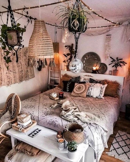 60+ Best Boho Bohemia Home Decoration Inspirational Idea For You - Page 24 of 65 - Diaror Diary #bohobedroom