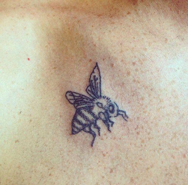 adff58edc6a8e Hand poked machine free honey bee stick and poke. Hand poked machine free honey  bee stick and poke Baby Tattoos ...