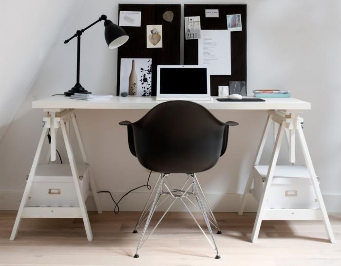 Con el desarrollo de internet, el comercio online y las telecomunicaciones, cada vez es más habitual que trabajemos desde casa y tengamos la necesidad en ocasiones de un despacho amplio o simplemen…