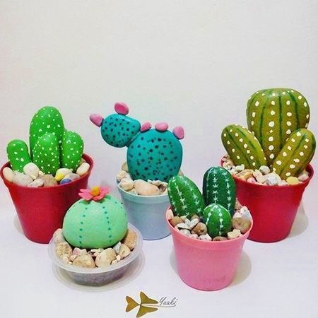 Photo of Easy DIY stone cactus plant mother's day craft kids can make. Unite…