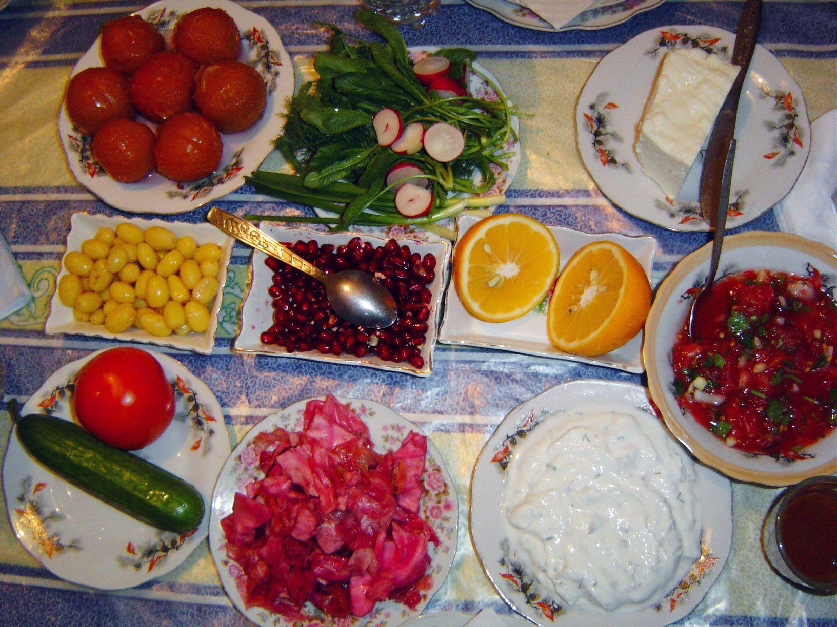 Foods of azerbaijan azerbaijan for Azerbaijan cuisine