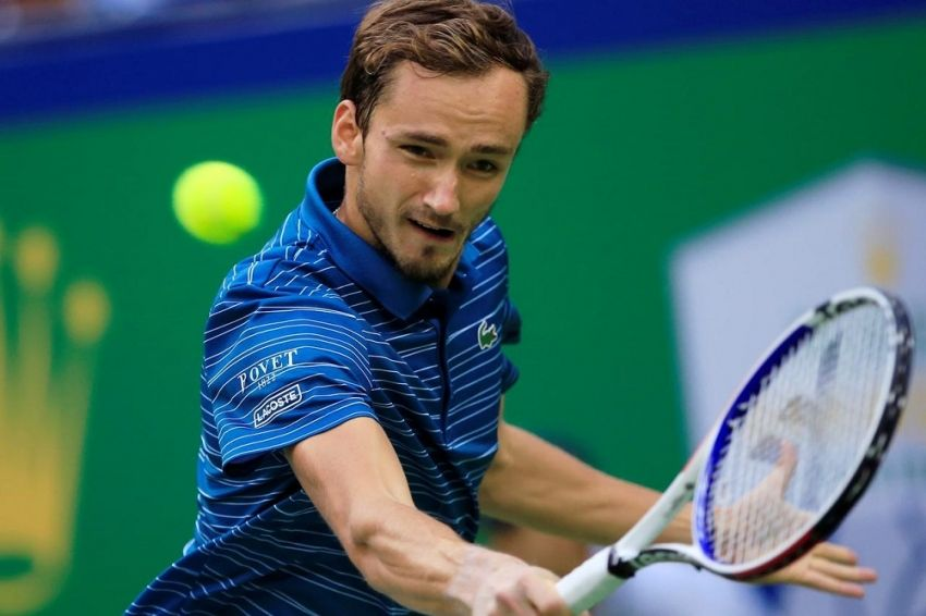 Medvedev extends hot streak to set up Shanghai final with ...