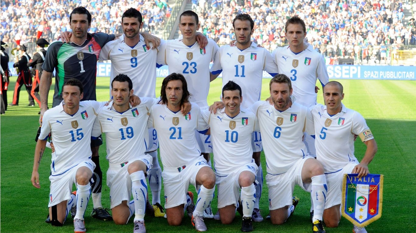 Italy National Football Team Jpg 1366 768 Italy National Football Team Italian Soccer Team Italy Team