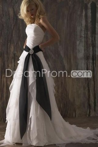 Charming Empire Strapless Sleeveless Court Organza Tiered Bridal Gown (3AD0206)Our price: US $219.79