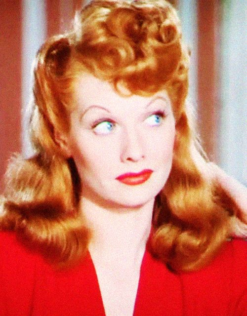 Lucille Ball Shows Off Her New Hair Color Tango Red In The Lush Technicolor Production Of Dubarry Was A Lady 1943 Lucille Ball Love Lucy I Love Lucy