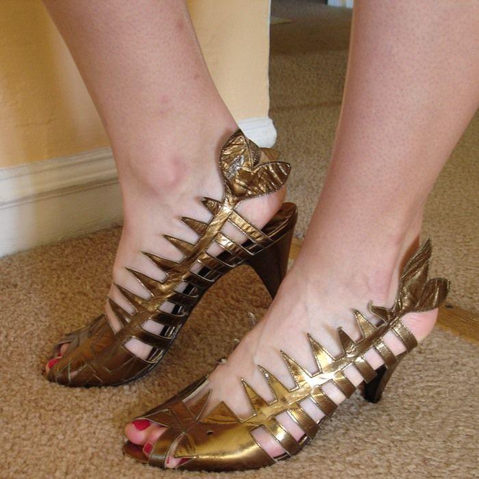 a2ea4c53b74 Dead Fish Shoe in Gold