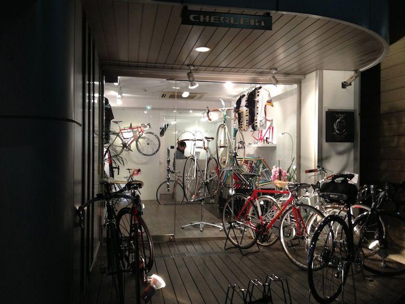 Ten Of The World S Coolest Bike Shops Fahrradgeschaft Fahrrad