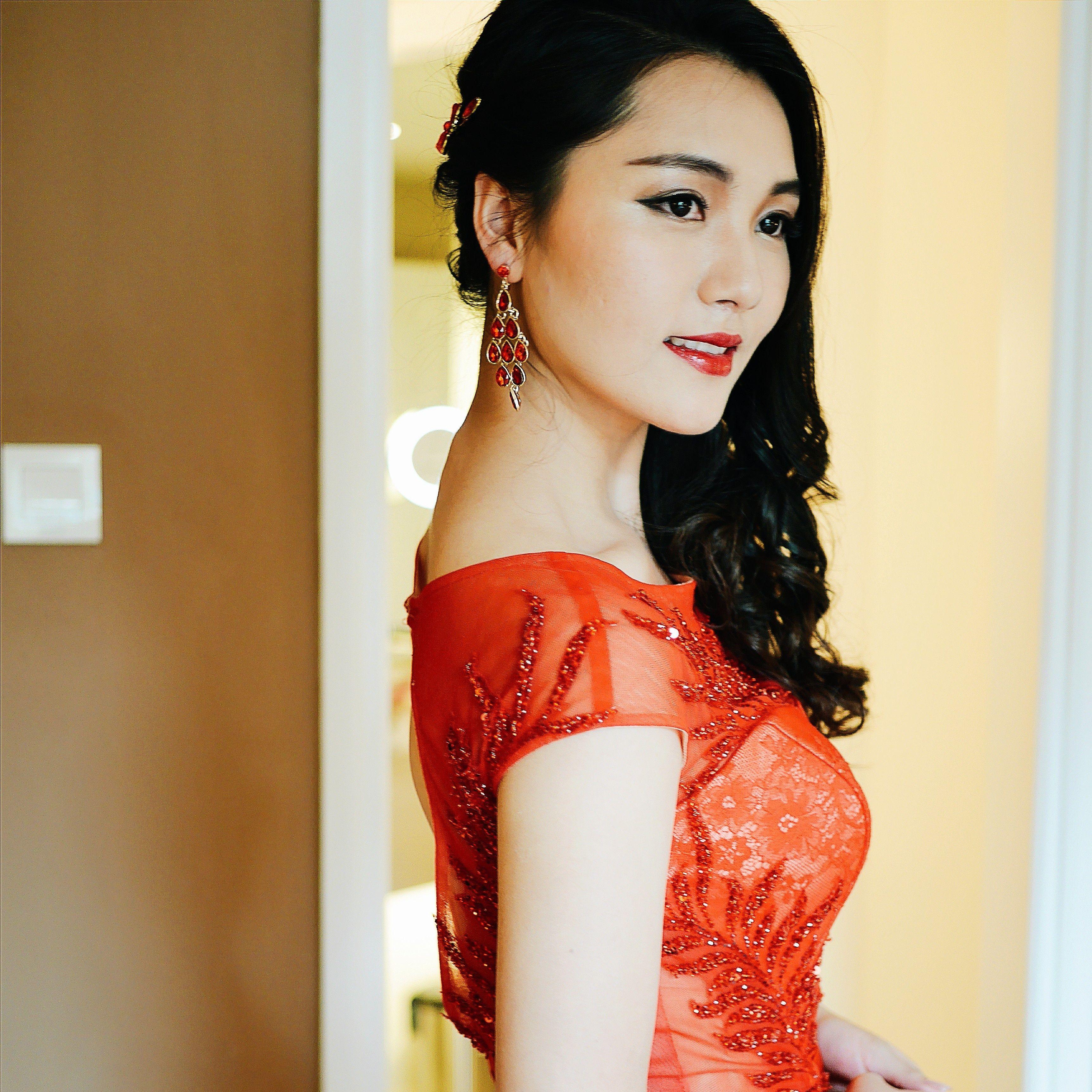 Looking for Makeup Artist Singapore, Bridal Makeup Artist