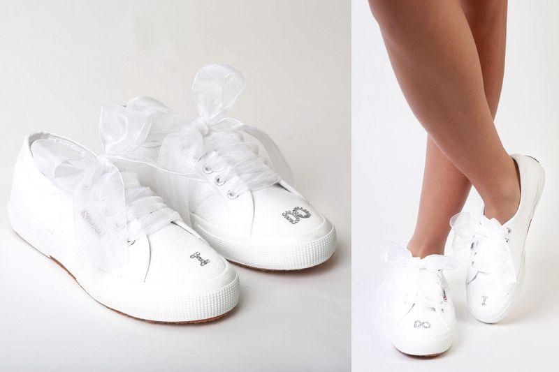 球鞋也能成為婚鞋?Superga 和 Poise 推出