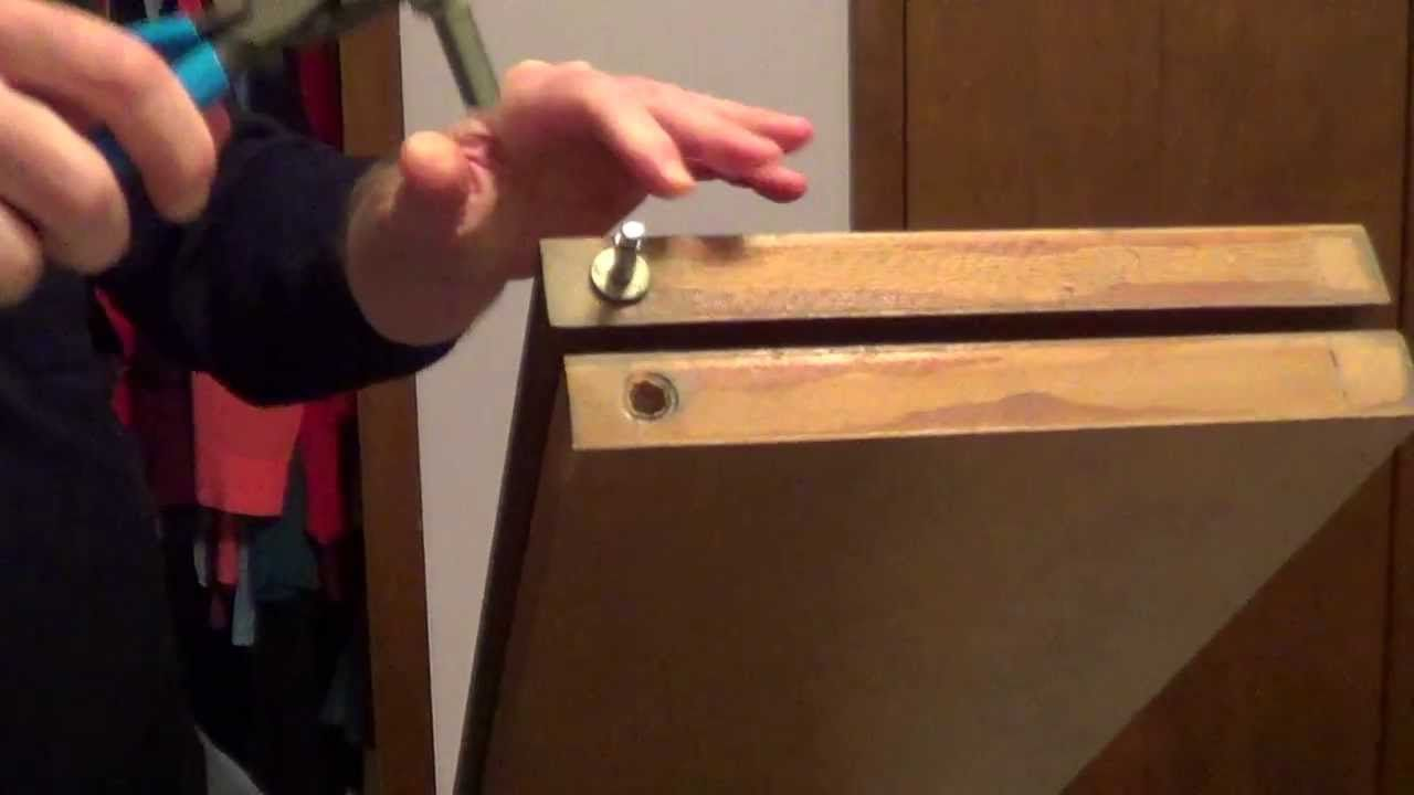 How to fix bifold doors Bifold closet doors, Closet door