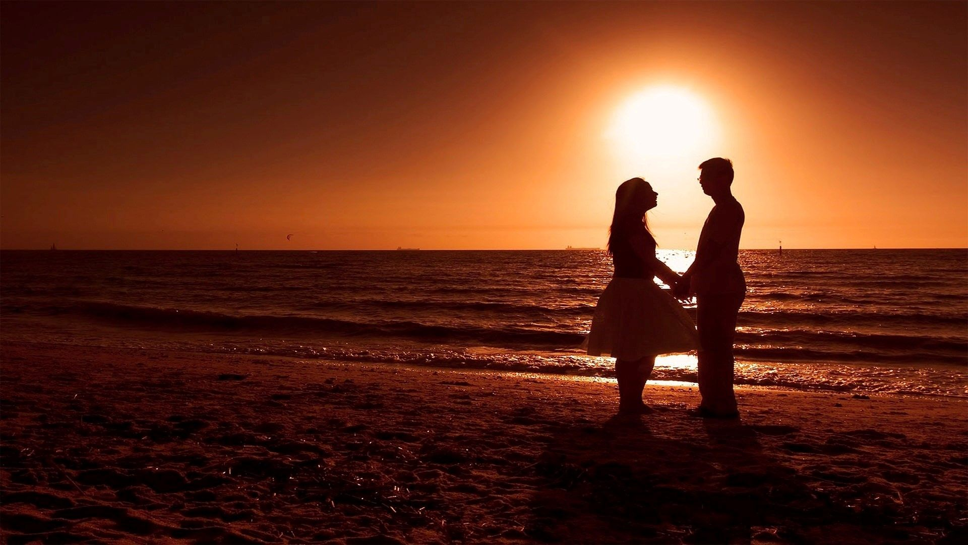 Top Hd Love Wallpapers High Quality Beach Sunset Wallpaper Romantic Beach Romantic Wallpaper