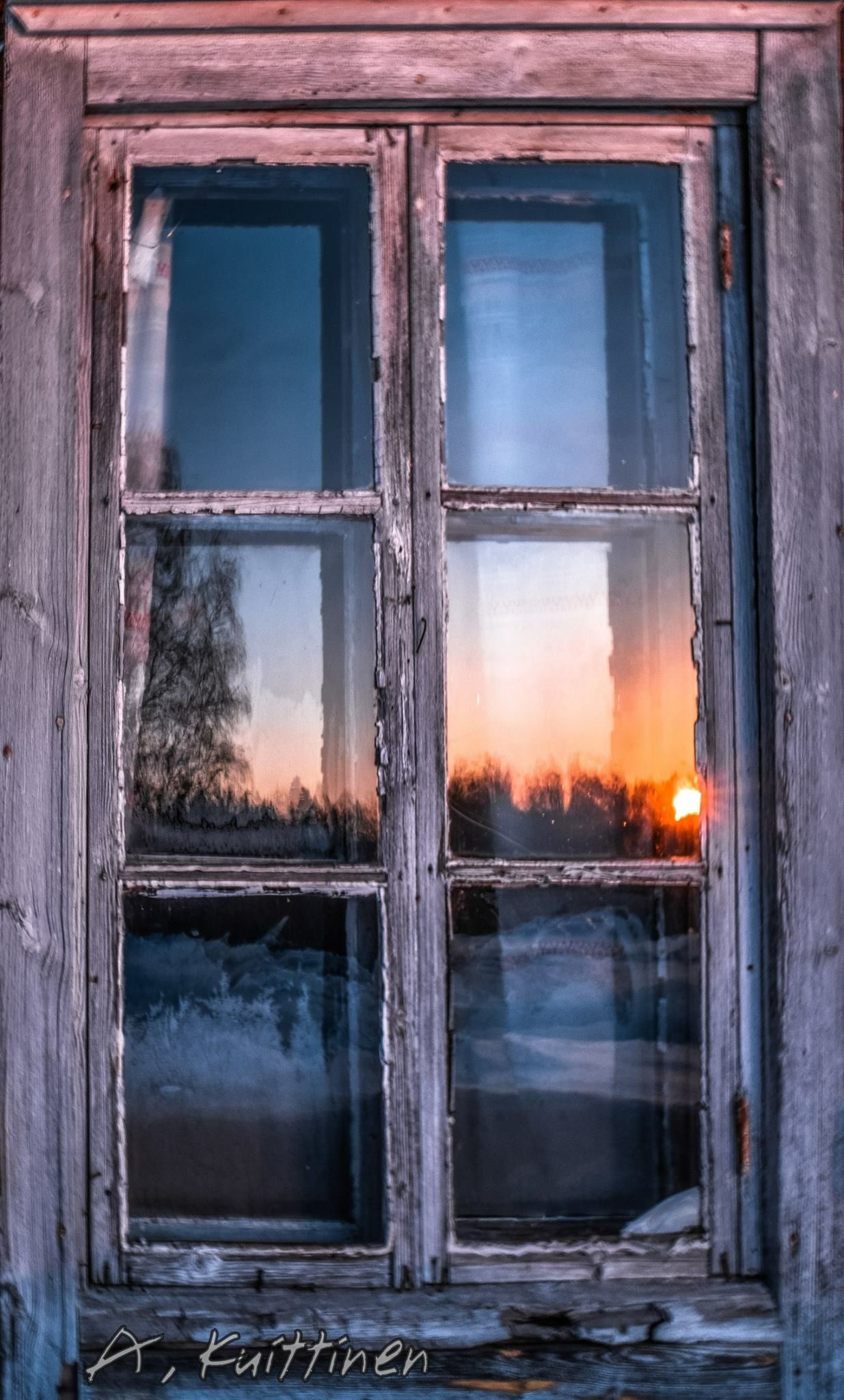 фото окон старого дома ночью нас можно