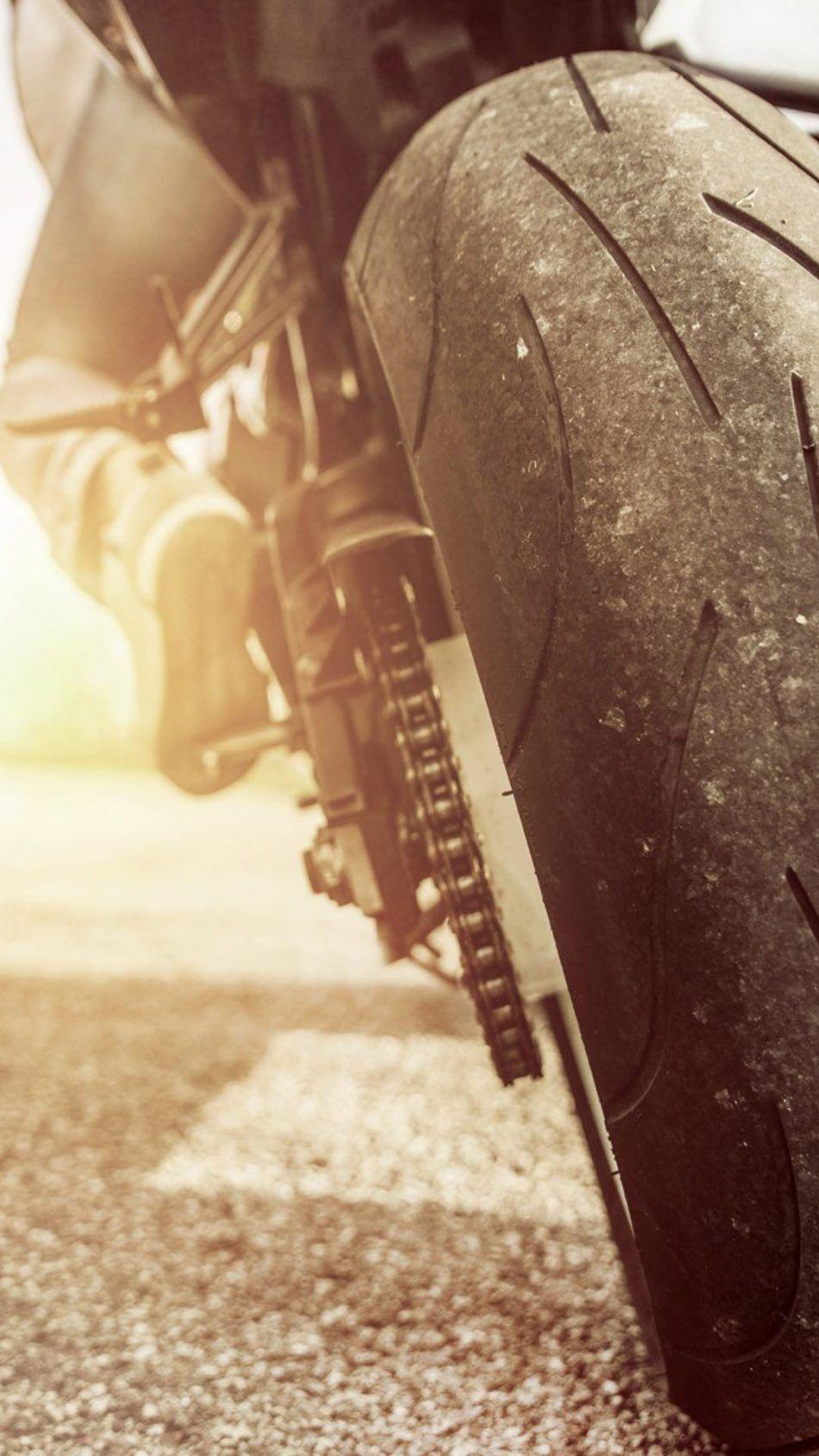 Rear Street Racing Sports Bike 4k Ultra Hd Mobile Wallpaper Sport Bikes Sports Bikes Motorcycles Bike Photoshoot