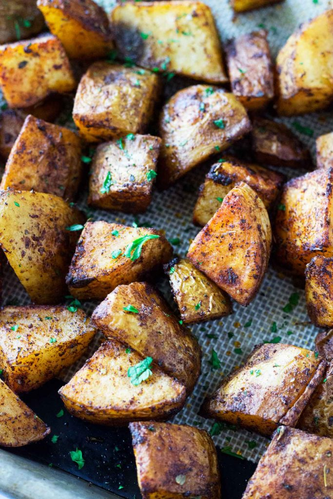 Roasted Russet Potatoes • So Damn Delish #russetpotatorecipes