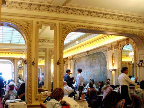 Angelina salon de the paris quel souvenir delicieux french connection pinterest paris - Salon de the angelina paris ...