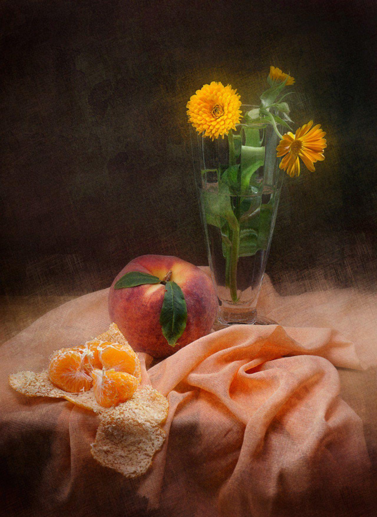 Peach And Gallery Viacheslav Art