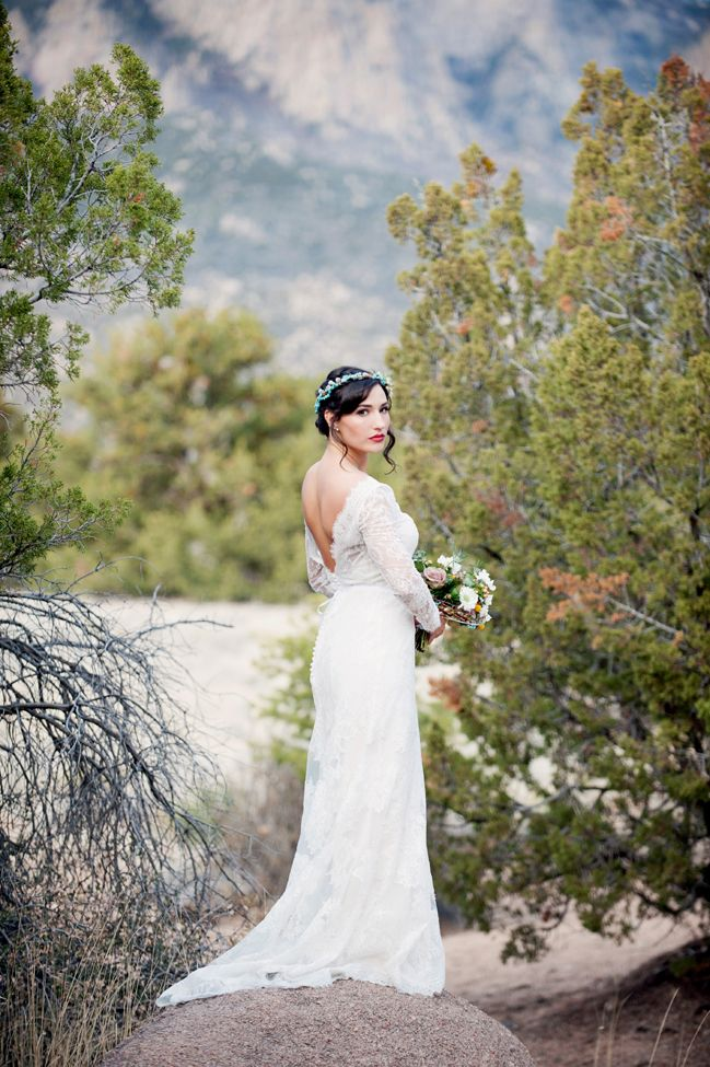 Desert Bridal Shoot - http://fabyoubliss.com/2015/05/21/turquoise-succulents-desert-bridal-shoot