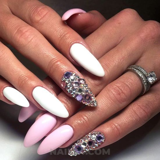 75 Cute Almond Nail Designs Youll Want To Try Almond Nail Designs