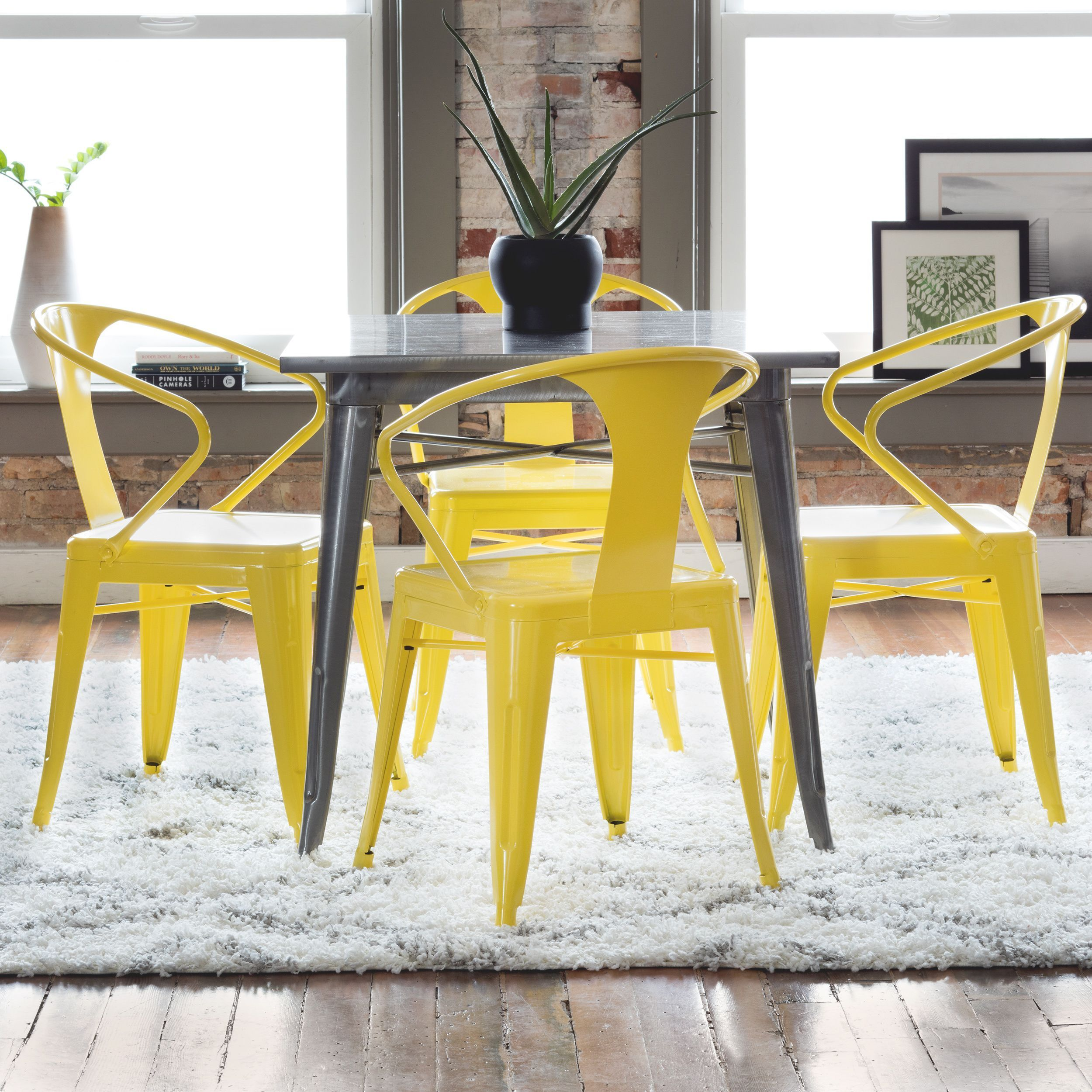 Eetkamer Set Outlet Tabouret Lemon Metal Stacking Chairs Set Of 4 Yellow Products